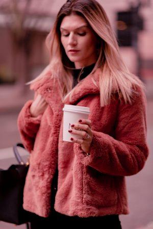 Rose Gold Pink Aesthetic Blogger Lightroom Preset Bundles - Lightroom Mobile Karya Presets