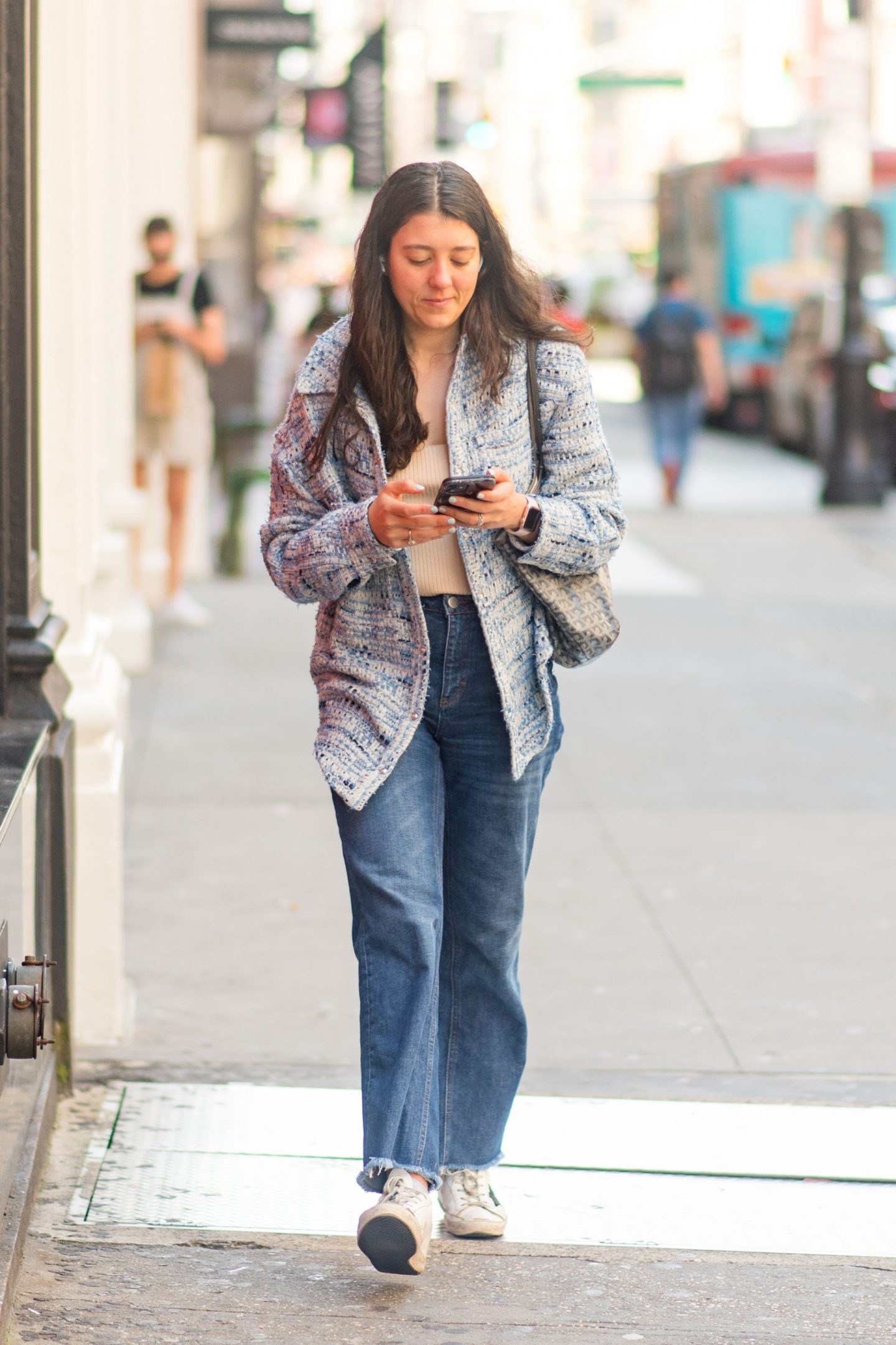 NYC street fashion fall outfit idea - woman wearing everyday casual fall outfit - Karya Schanilec NYC fashion photographer