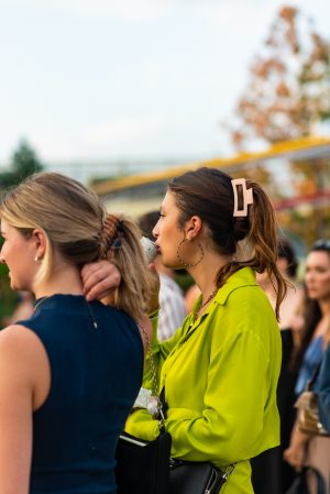 Claw clip hairstyles at Proenza Schouler NYFW street style - Karya Schanilec Photography NYC fashion photographer